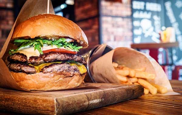 A burger for a dirty bulk