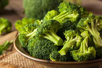 Broccoli is another popular cruciferous vegetable that deserves a place on this list of high fiber, low carb foods